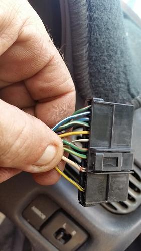 G200 14 pin plug Before